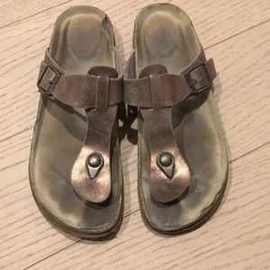 Mossimo shoes sandals slides 6.5 bronze
